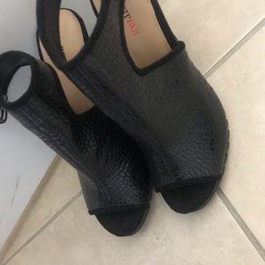 Just Fab Black leather heels